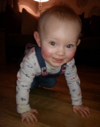 12th January 2014:  Little Pea showing off his fantabulous crawling for the camera :o)