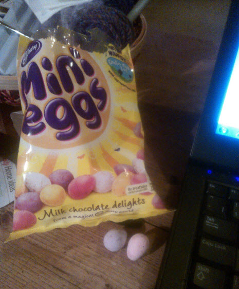29th January 2014:  A late night meeting meant no time for dinner, so Mini Eggs it was.  I took them out two at a time and left them to the side of my laptop.  Then I had a panic as the eggs started hatching.... (Actually, the heat from the laptop fan was cracking the shells, but you know, it had been a long day...)