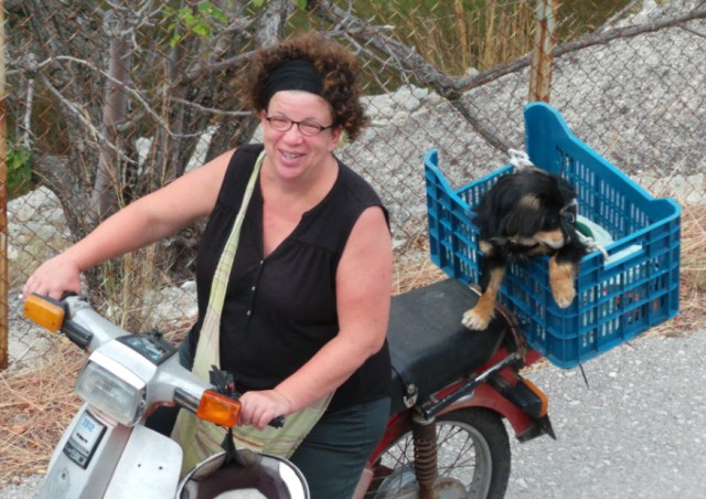 My lovely friend, Britta with the lovely puppy she rescued - the very cute, moped savvy Silan
